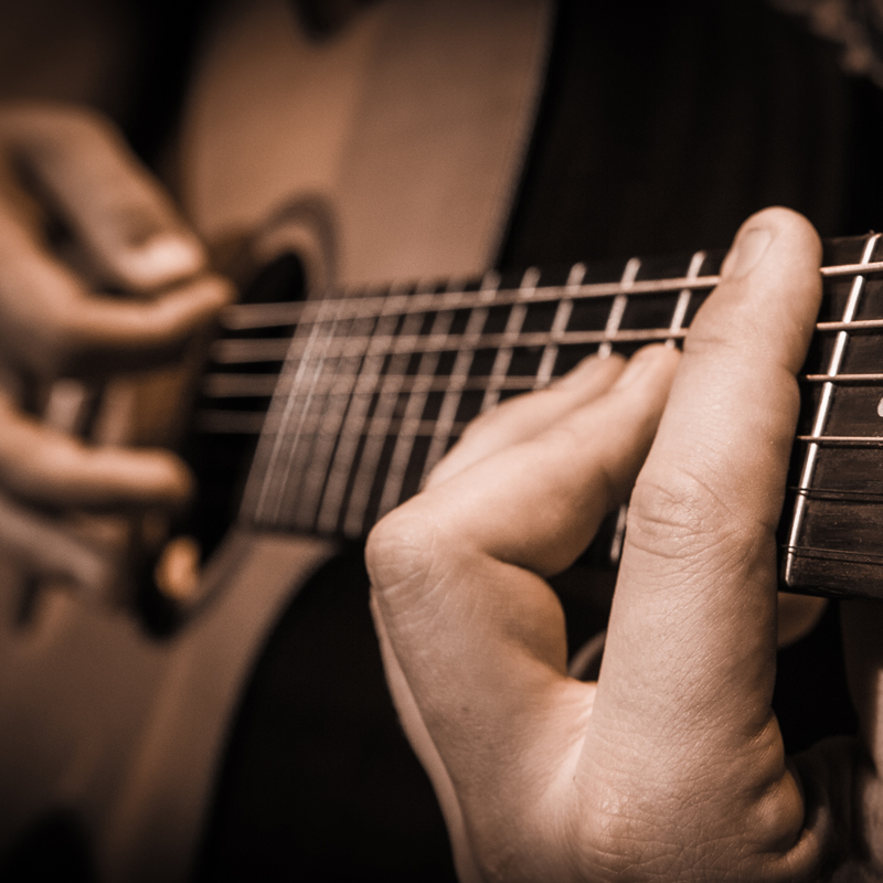 Classical Guitar Lessons Package
